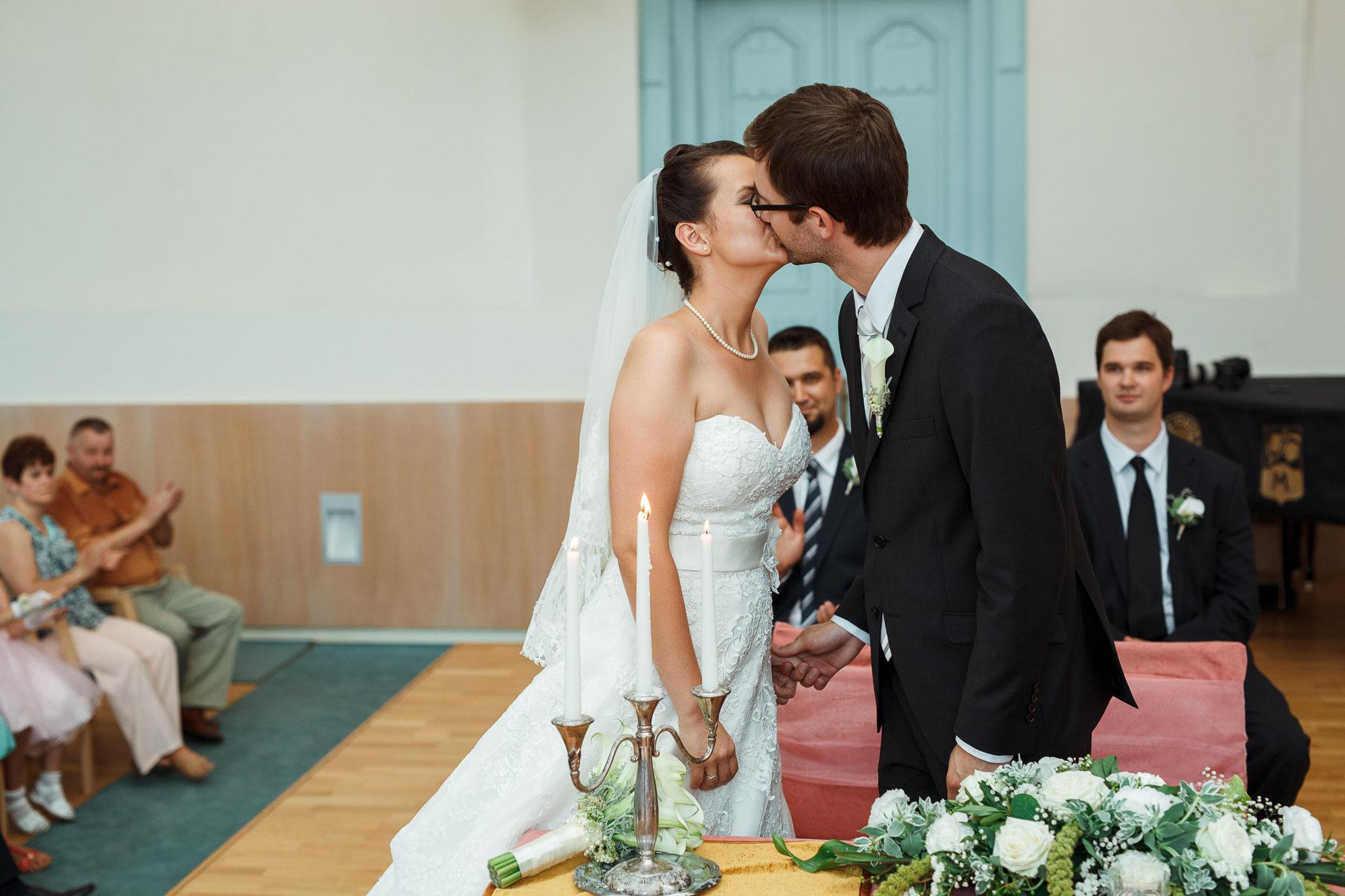 eskuvo_fotozas_wedding_foto_lenart_gabor_sztyui_budapest_0248_IMG_0490