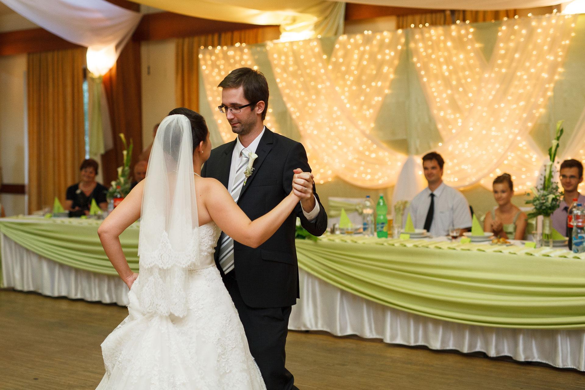 eskuvo_fotozas_wedding_foto_lenart_gabor_sztyui_budapest_0518_IMG_1146