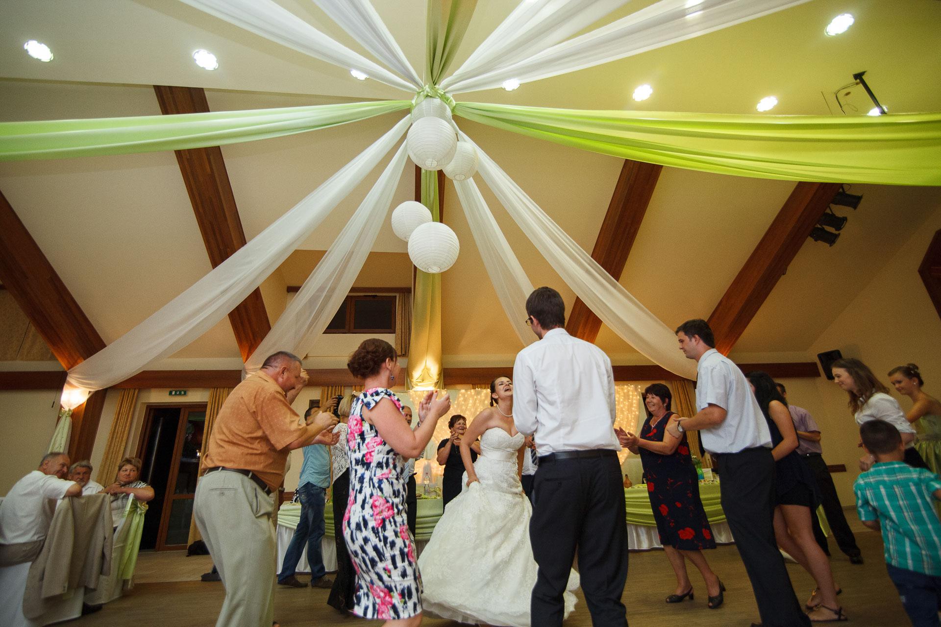 eskuvo_fotozas_wedding_foto_lenart_gabor_sztyui_budapest_0663_IMG_1534