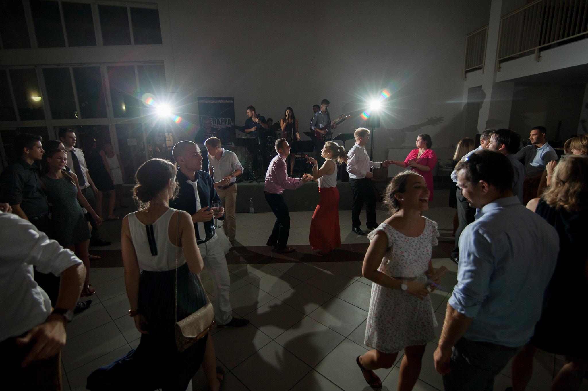 eskuvo_fotozas_wedding_foto_lenart_gabor_sztyui_budapest_IMG_2405