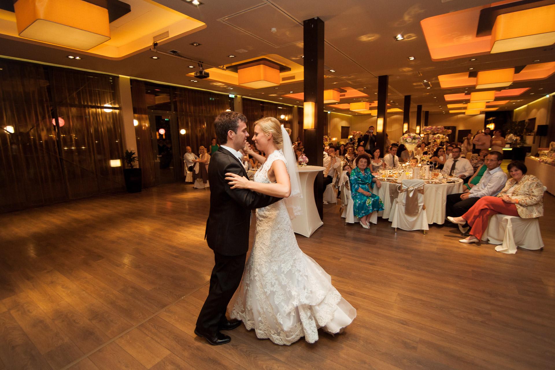 eskuvo_fotozas_wedding_foto_lenart_gabor_sztyui_budapest_IMG_4201