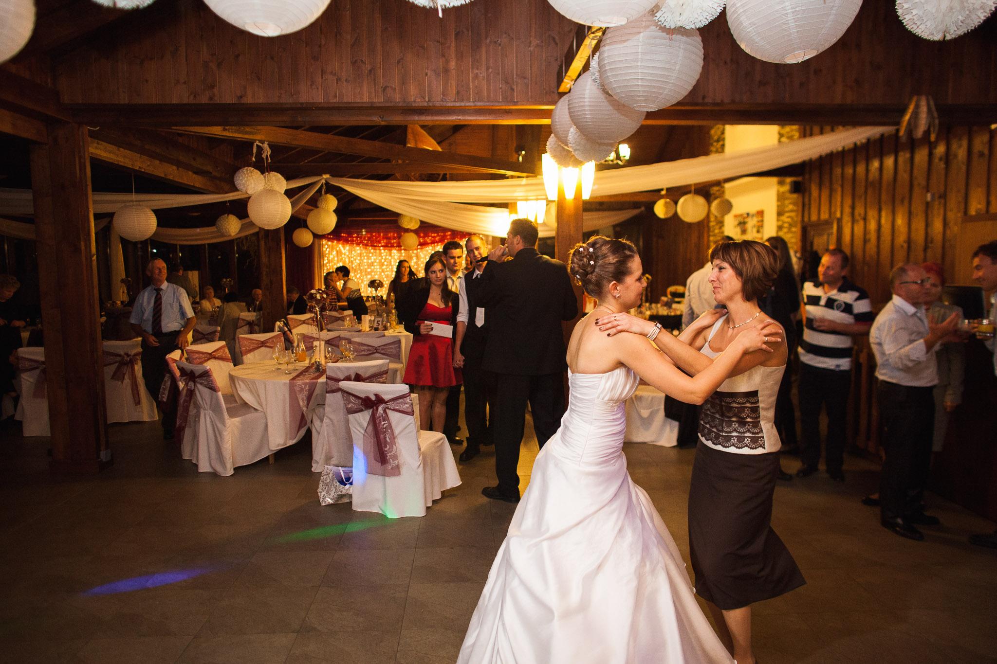 eskuvo_fotozas_wedding_foto_lenart_gabor_sztyui_budapest_IMG_6684