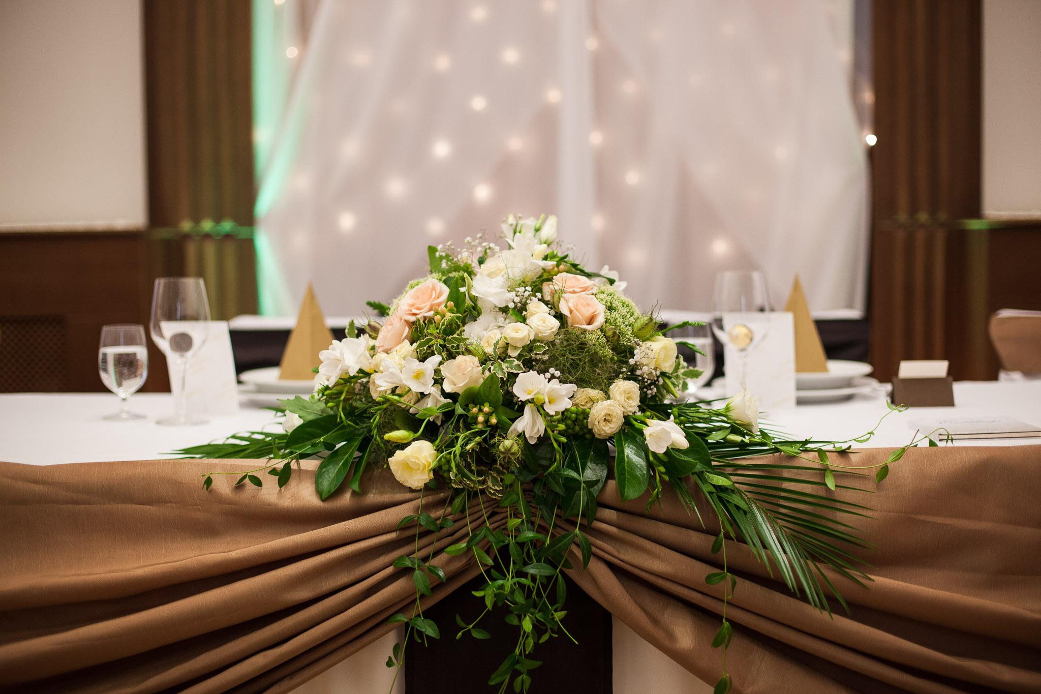 eskuvo_fotozas_wedding_foto_lenart_gabor_sztyui_budapest_esztergom_IMG_5272
